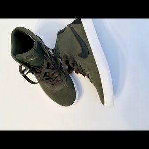 "Nike Shoes - Nike SB Bruin HI ""Women's"" New High tops"